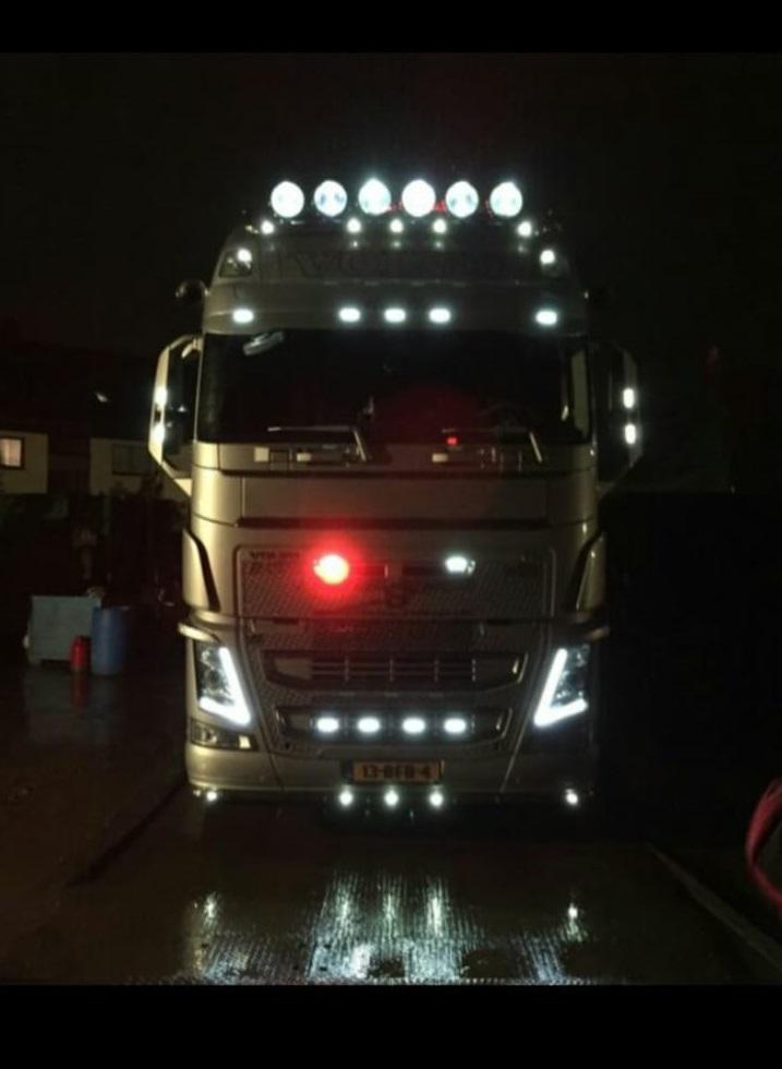 vrachtwagen-in-donker2